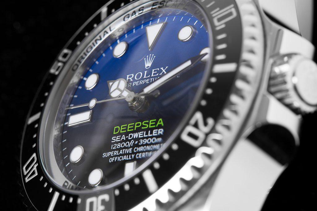 Rolex DeepSea Sea-Dweller 116660 D-Blue James Cameron Ausschnitt des Zifferblattes von der Seite