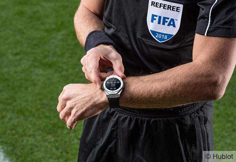 Hublot-Big-Bang-Referee-2018-Fifa-World-Cup-Russia-Ref-400.NX_.1100.RX-Referee