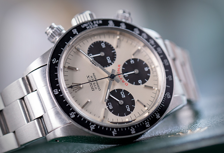 Rolex-Daytona 6263 - Close up of the dial of the Big Red