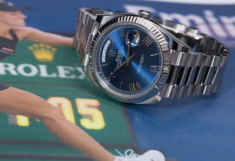 Rolex Day-Date 228239 aus Weißgold mit blauem Zifferblatt auf einem Bild von Angelique Kerber