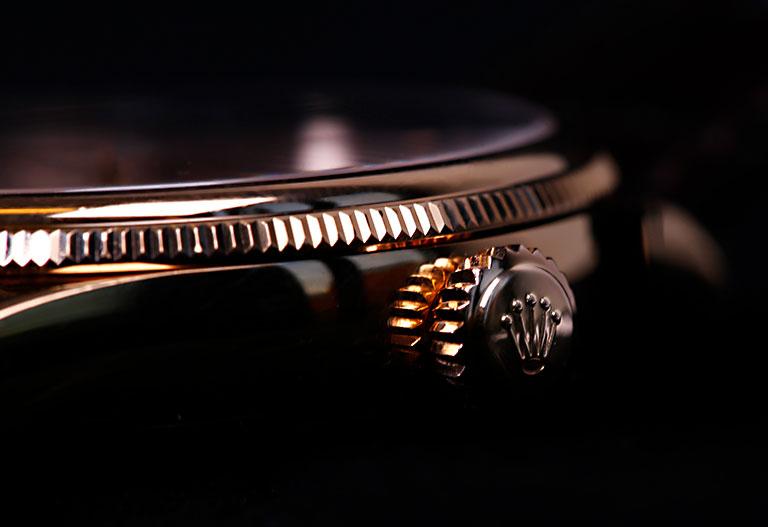 Materiales de Rolex - Detalle de un bisel de oro rosa