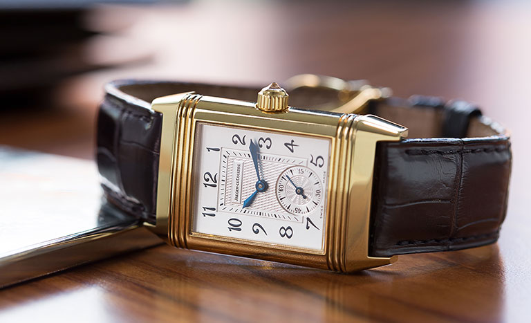Jaeger-LeCoultre Reverso Duetto 256.1.75 Wrist watch lying on table