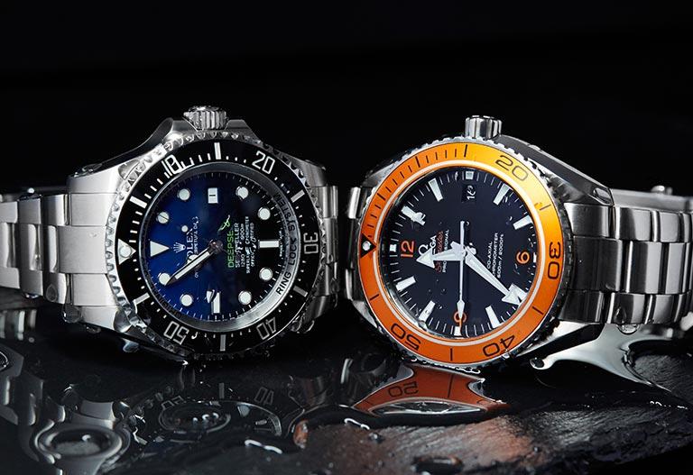 Rolex Deepsea 116660 Cadran dégradé thème eau lunette noire Omega Seamaster 232.30.46.21.01.002-011