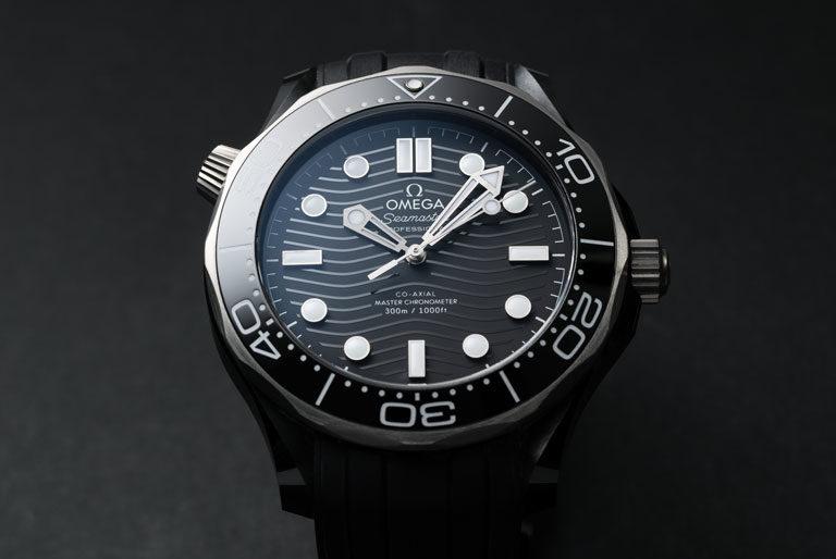 Montre Omega Seamaster Diver 300 M 210.92.44.20.01.001 avec cadran noir à motif de vagues