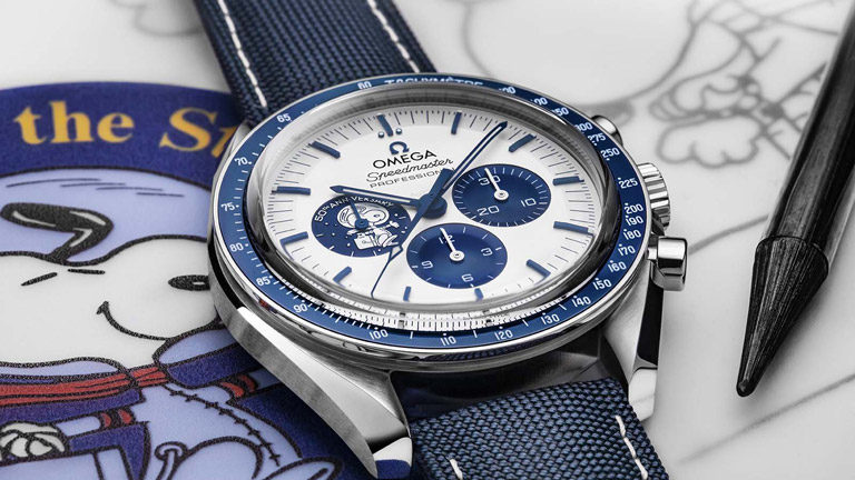 Dial with Snoopy application on an Omega Speedmaster 50th Anniversary Silver Snoopy Award 310.32.42.50.02.001 watch