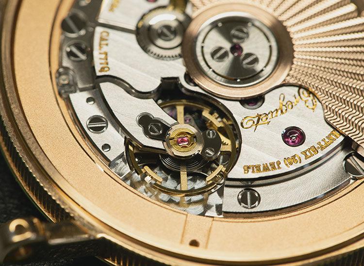 Uhrwerk einer Breguet Classique 5177BR/29/9V6 Uhr mit Breguet-Spirale