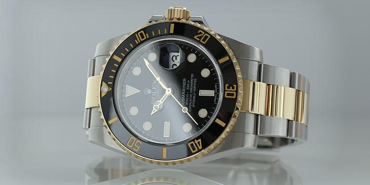 Montre Rolex Submariner 116613LN bicolore avec lunette en céramique noire