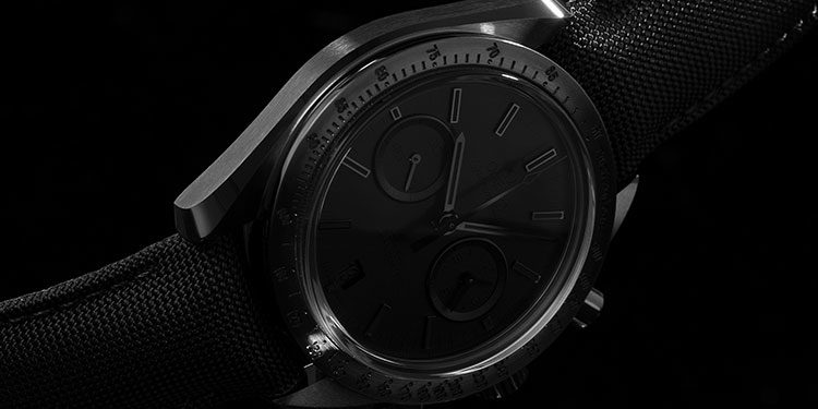 Omega Speedmaster Moonwatch Chronograph 11.92.44.51.01.005 Uhr mit schwarzem Zifferblatt und schwarzem Armband